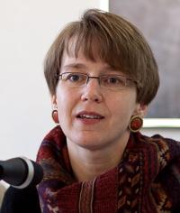 Prof. Dr. Nicole Mayer-Ahuja