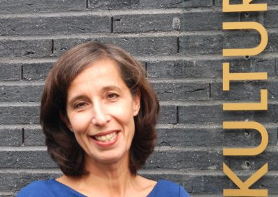 Prof. Petra Terhoeven